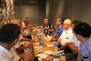 町関係者等と丸山理事長の懇談